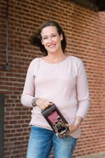 When Should You Hire Your Wedding Photographer?